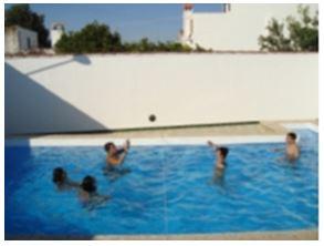 Juegos y actividades l dico recreativas en el medio acu tico - Red voley piscina ...